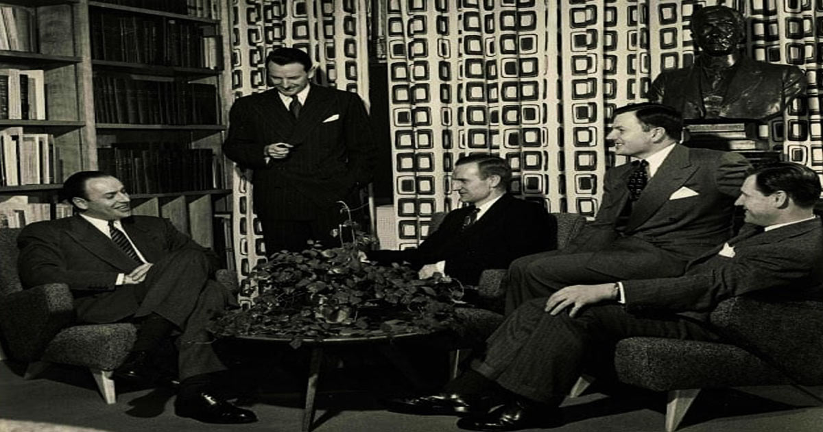 You are currently viewing The Shady Past Of The Rockefeller Family & Its Haunting Effect On The World