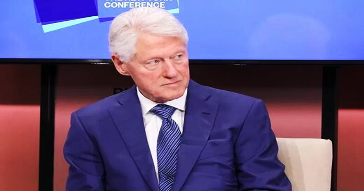 Bill Clinton went to Jeffrey Epstein's island with 2 'young girls', Virginia Giuffre says