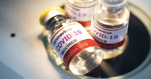 """Read more about the article Covid-19 injections are spreading new """"variants"""" of coronavirus"""